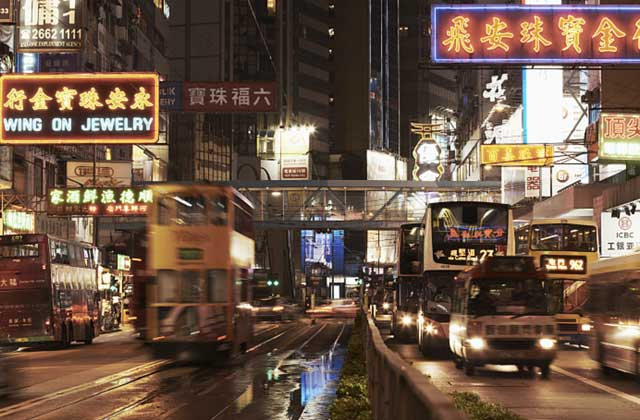 错过的二十年后:香港的科技败局和AI未来